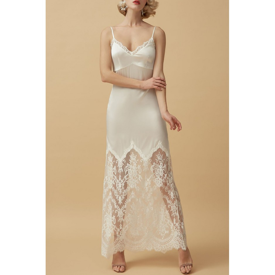 SILK AND LACE MAXI NIGHTDRESS IN LIGHT IVORY