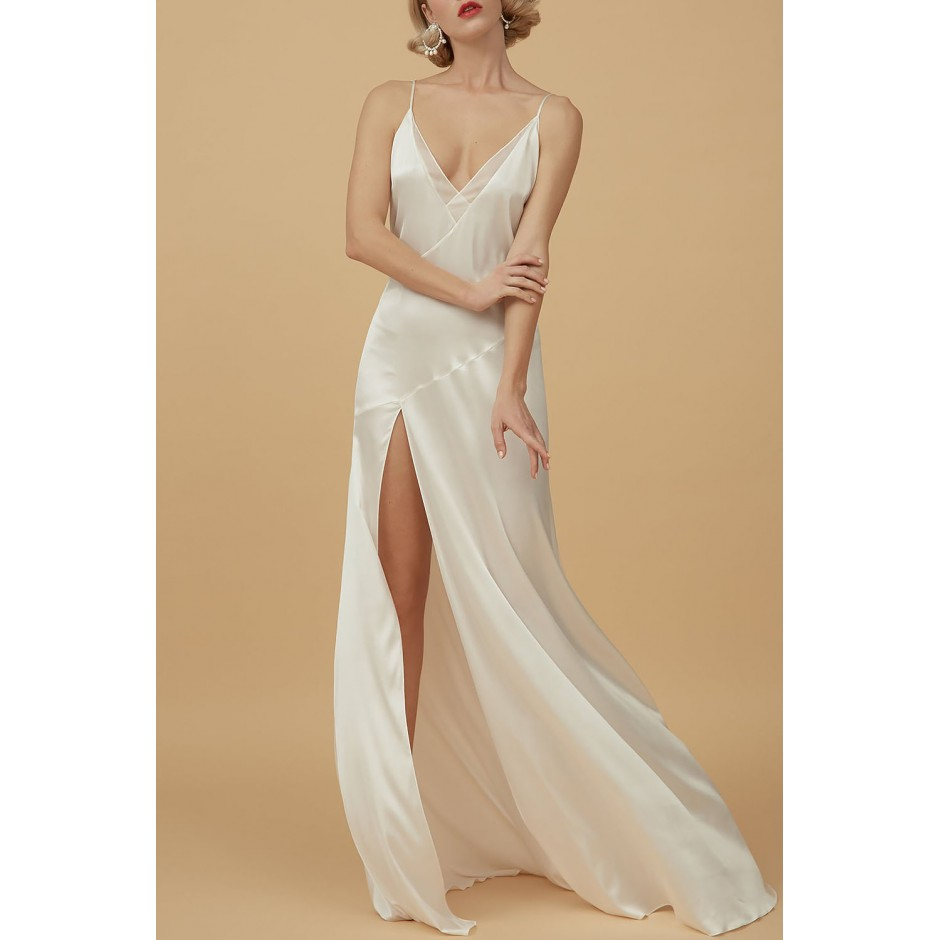 SILK MAXI NIGHTDRESS IN LIGHT IVORY